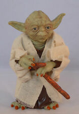 Star Wars Yoda Figurine collectible- rotating arms and legs -Brand New