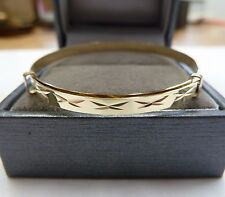 New 9ct Gold Baby/Child's Expanding Patterned Bangle * Gift Boxed * 1.9 g