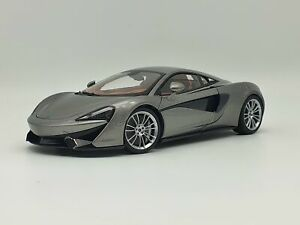 AUTOart 2016 McLaren 570s Blade Silver 1:18 Scale Model Car - Brand New