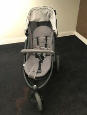 Hauck Viper Trio Set Travel System in great condition
