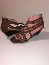 ead12470337 Liz Claiborne Women s Brown Twist Strappy Ankle Strap Wedge Sandals US Size  8.5