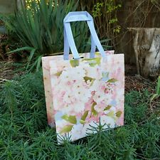 Patty Reed collectible reusable grocery bag ! cherry flowers hydrangea peach