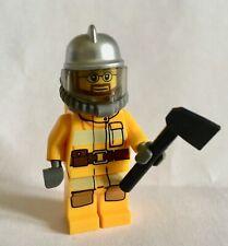 classic fireman w accessories #10 LEGO Fireman Fire fighter Minifigure