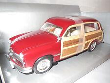 """Motor City Classics"""" 1949"""" ford woody Wagon (rojo/marrón) 1:18 OVP"""