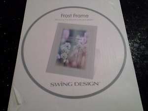 Picture Frame Swing Design - White - fits 5 x 7  picture  Frosted Glass Frame