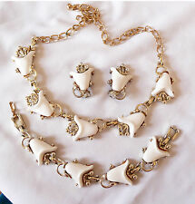 Rare Vintage White Thermoset Lily Tulip Necklace Bracelet Clip Earrings Set