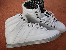Sneakers/Turnschuhe/ Freizeitschuh von MEMPHIS in der Gr. 39  NEU