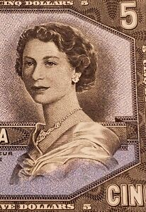 1954 Canada $5 Banknote. EXTREMELY RARE VERY LOW SERIAL NUMBER. VERY HIGH GRADE.