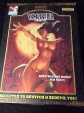 Sideshow Vampirella Statue / Comiquette 180/1000