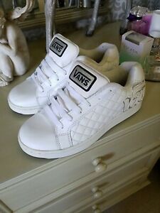VANS WHITE LEATHER SIZE 5.5