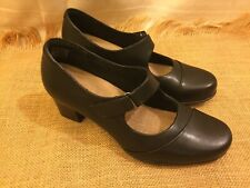Clarks Collection Soft Cushion Mary Jane Shoes wedge heel 8.5 M Black EUC