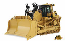 Cat D9t Track Type Tractor 1:50 Model DIECAST MASTERS