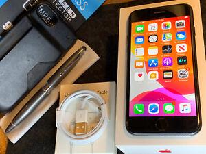 Apple iPhone 7 (32gb) LTE Globally Unlocked (A1778) Black MiNT ExTRAs {iOS13}79%