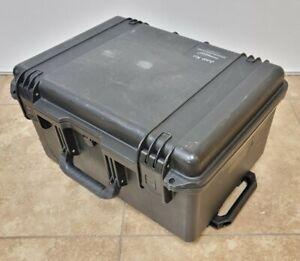 """Pelican iM2620 Storm Rolling Hard Case Foam Carry-On Wheels Handle 20x14x10"""" Int"""