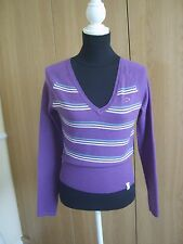 DICKIES LADIES V NECK SWEATER. SIZE SMALL. NEW NO TAG.