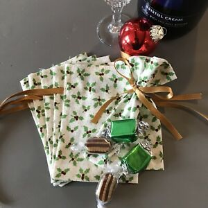 Mini Christmas Fabric Gift Bags Favours Not Christmas Crackers Cream Holly X6