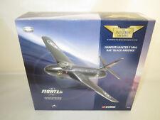 """CORGI """"HAWKER HUNTER F MK6 RAF BLACK ARROWS"""" 1:72 OVP"""