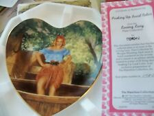 "(J) 1996 I Love Lucy ""SOAKING UP LOCAL COLOR"" w/ COA   HEART SHAPED PLATE"