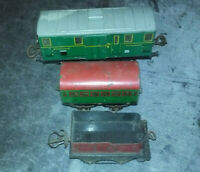 Lot 3 wagons HORNBY Echelle  0 O  tender 2528 + wagon passager + wagon bagages