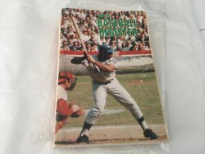 Baseball Register 1969 The Sporting News Hank Aaron, Johnny Bench, Yogi Berra