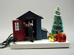 LIONEL PLUG-n-PLAY POLAR EXPRESS CONDUCTOR GATEMAN christmas tree shed 6-82735