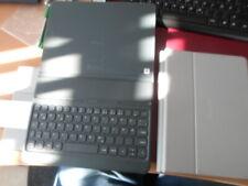 EJ-FT820 Galaxy Tab S3 hellgrau  Keyboard Book cover