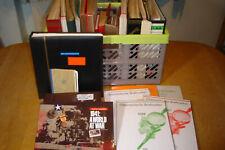 Wühlkiste mit 23 Alben,dabeiJahrbücher