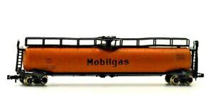 N Scale Trix MobilGas 1360 60' Tank Car Orange
