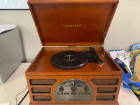 CROSLEY RADIO CR66 ROCHESTER PHONOGRAPH/CD/RADIO/CASSETTE PLAYER NEAR MINT CONDI