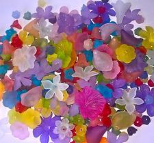 200 X Dépoli Acrylique Fleur Perles Lucite Style Mixed Leaf Bead Assorted 3-38 mm