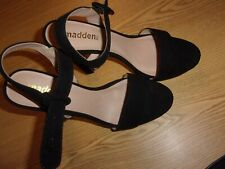 MADDEN NYC HIGH HEEL - BLACK - SIZE 9 - RETAILS @ 59.99  (A-SH-12)