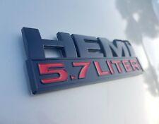 1x HEMI 5.7 LITER Emblem Schriftzug Charger Challanger 300c RAM Durango Schwarz