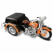 Motos et quads miniatures orange en plastique