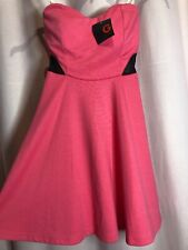 NWT- G by Guess XS Strapless Pink Black padded cups Zipper flare Dress OO7