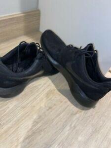 Nike Roshe Run Triple Black (UK 9) - £90 RRP