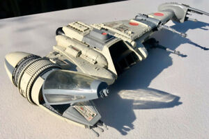 RARE ! VINTAGE 1983 STAR WARS B-WING in Great Condition !