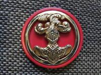 Insigne de béret des Spahis avec son macaron de tradition rouge écarlate