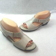 SAS Suntimer Adjustable Strap Sandals White Pearl Bone Leather Comfort 8.5 N