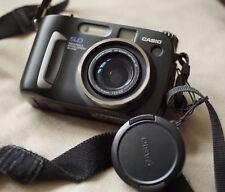 CASIO QV-5700 5MP AF Digital Zoom camera, 7-21mm Lens (34-102mm 35mm eqiv)