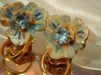 Pretty Rhinestone Sugared Light Blue Flower Vintage 50's Clip On Earrings 797my9