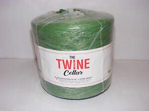 UK manufactured green polypropylene 1kg Twine spool made for garden or DIY use