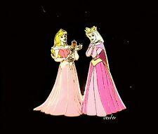 RARE Disney Shopping Mothers Day Sleeping Beauty Queen & Aurora Pin 54283 LE250