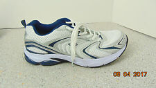 MENS CG 10.5 HOMMES PERFORMANCE FIT LIGHTWEIGHT CUSHIONING SZ 10.5 SILVER WHITE