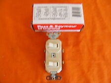 NEW OLD STOCK LEGRAND COMBO SWITCH 670-1 120/277 VOLTS 20 AMP IVORY USA