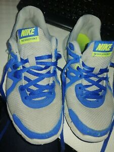 Nike Trainers Size 4.5 childrens/ adults