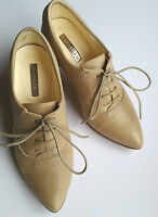 Little Shoe Shop Beige Leather Shoes Size 1 (Petite)