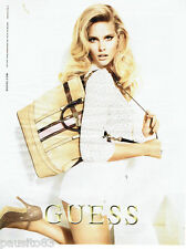 PUBLICITE ADVERTISING 056  2011  le sac collection marquinerie Guess *