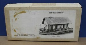 New England Structures NES 10 Clinton Station HO Craftsman Kit Wood cast metal
