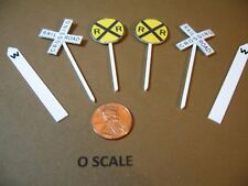 O SCALE RAILROAD CROSSING SET: CROSSING SIGNS, CROSSBUCKS & WHISTLE POSTS, NEW