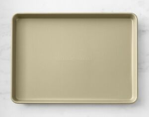 Williams Sonoma Goldtouch® Pro Nonstick Half Sheet New